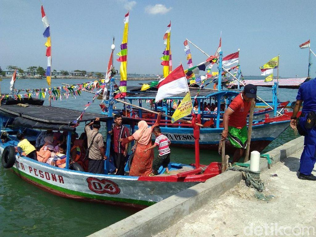 Pesta Lomban, Wisatawan di Pulau Panjang Jepara Menurun