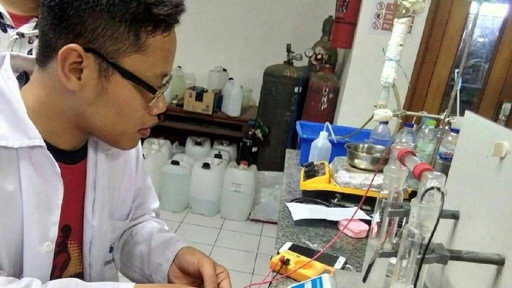 3 Mahasiswa ITS Olah Limbah Beracun Jadi Ramah Lingkungan