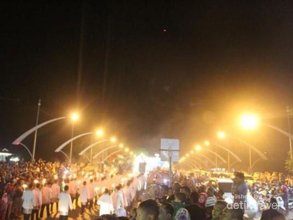 Momen Keriuhan Malam Takbiran di Banda Aceh