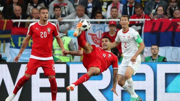 Serbia protes keras ke FIFA terkait wasit di laga melawan Swiss. (Foto: 20Detik)