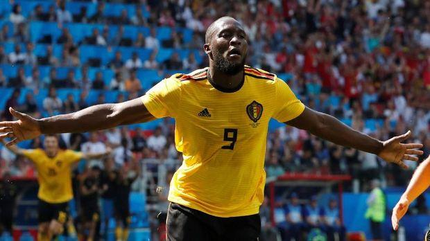 Romelu Lukaku mencetak dua gol di babak pertama ke gawang Tunisia.