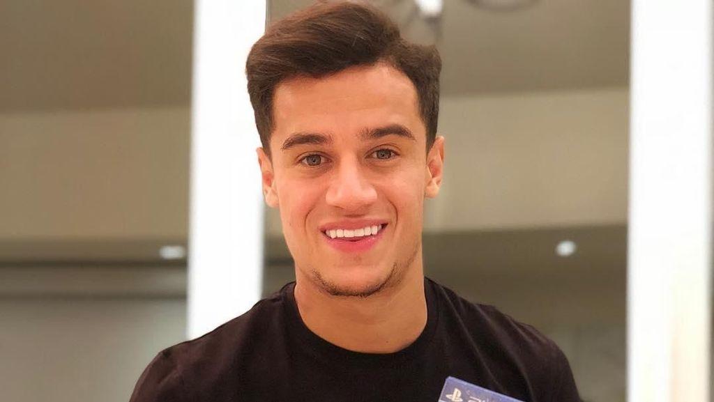 Kilau Gigi Putih Philippe Coutinho yang Bikin Gagal Fokus