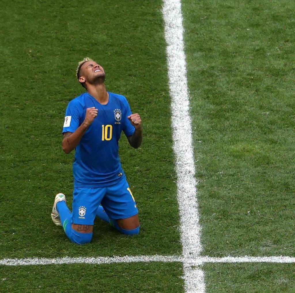 Sudah 56 Gol, Neymar Lewati Rekor Romario