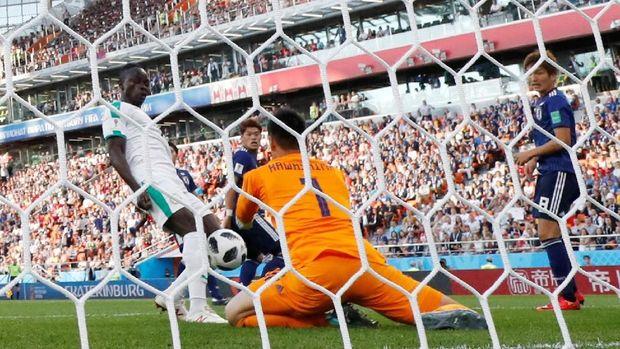 Sadio Mane cetak gol pembuka Senegal.