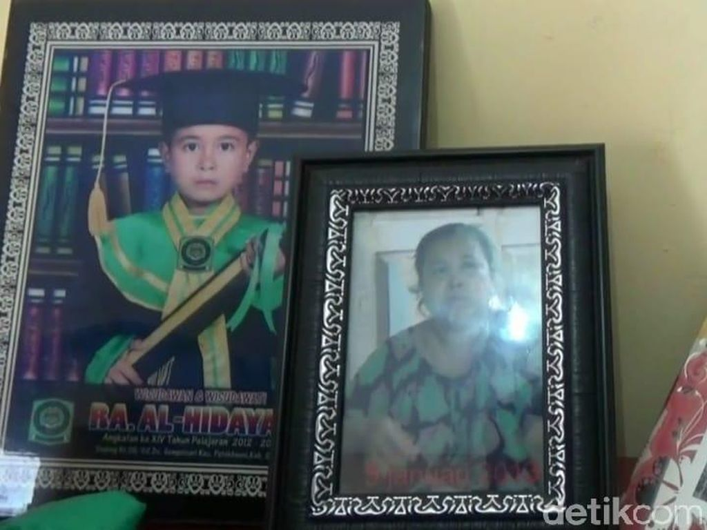 Wanita yang Lompat dari Angkot Janda 2 Anak
