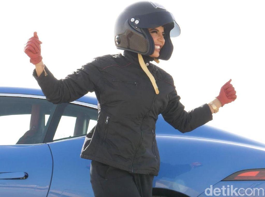 Bebas! Wanita Arab Saudi Boleh Nyetir
