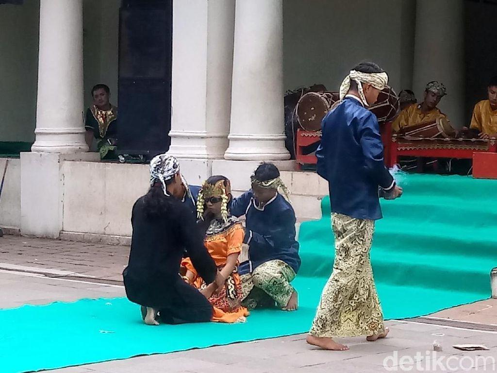 Tari Sintren dari Cirebon yang Penuh Filosofi Hidup