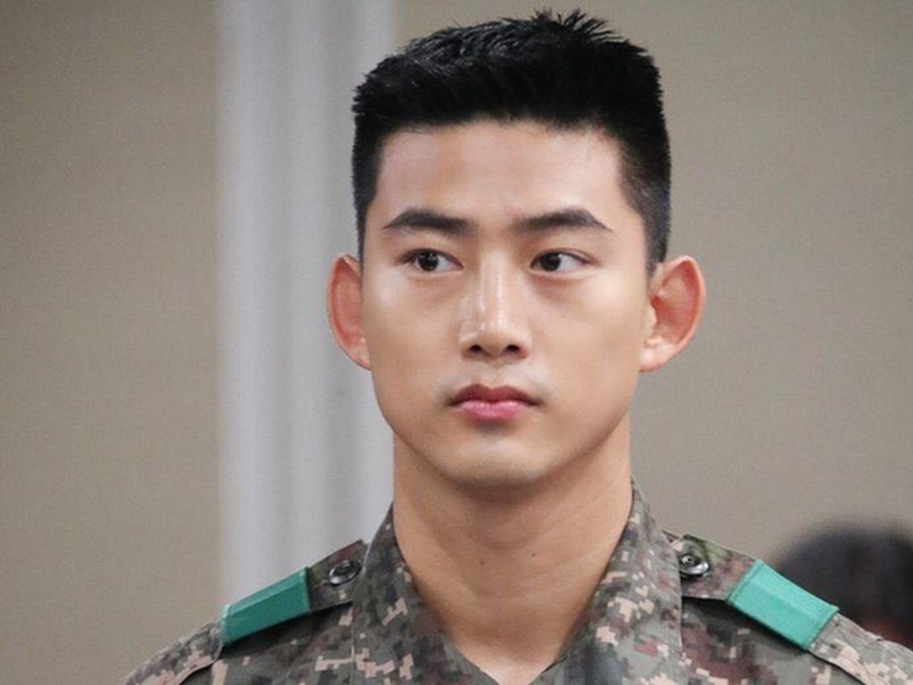 Pindah Manajemen, Taecyeon Dipastikan Tetap Member 2PM