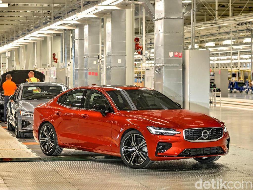 Mobil Pertama Volvo di Tanah Donald Trump