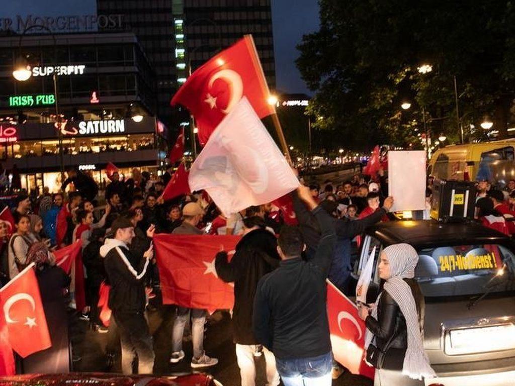 Warga Turki di Jerman Berikan Dukungan Besar Bagi Erdogan