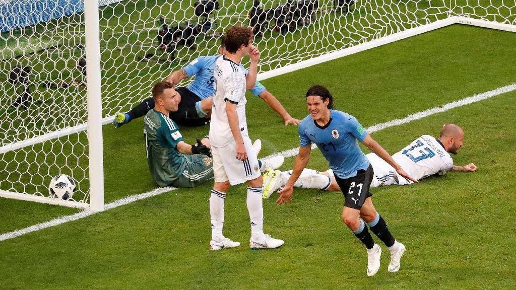 Kalahkan 10 Pemain Rusia, Uruguay Jadi Juara Grup A