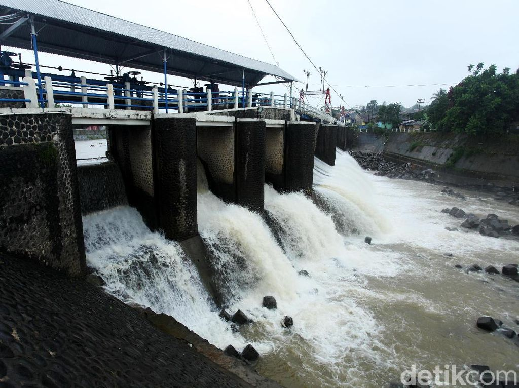 Bendung Katulampa Siaga IV, Tinggi Muka Sungai Ciliwung 70 Cm