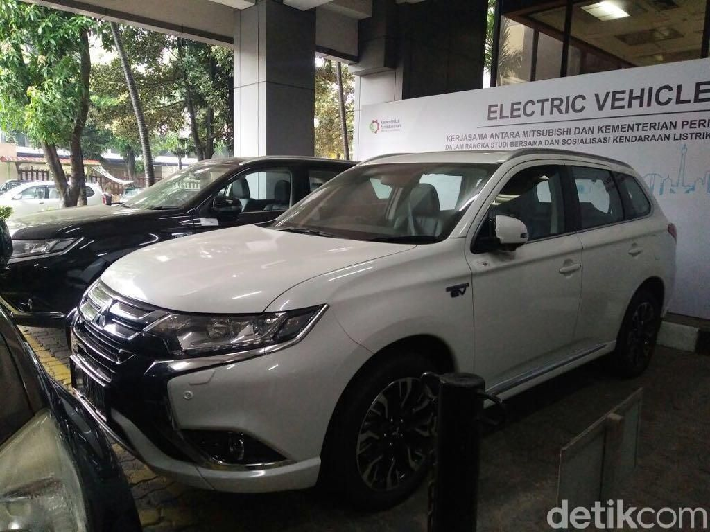 Pemerintah akan Pelajari Performa Mobil Listrik Mitsubishi