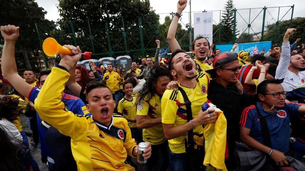 Gelak Tawa dan Air Mata di Pertandingan Kolombia VS Polandia