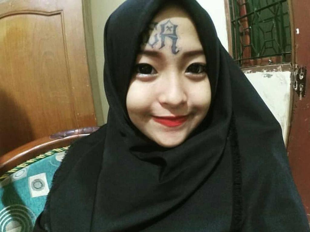 Cerita Hijrah Iska, Hijabers Mantan Anak Punk yang Punya Tato di Wajah