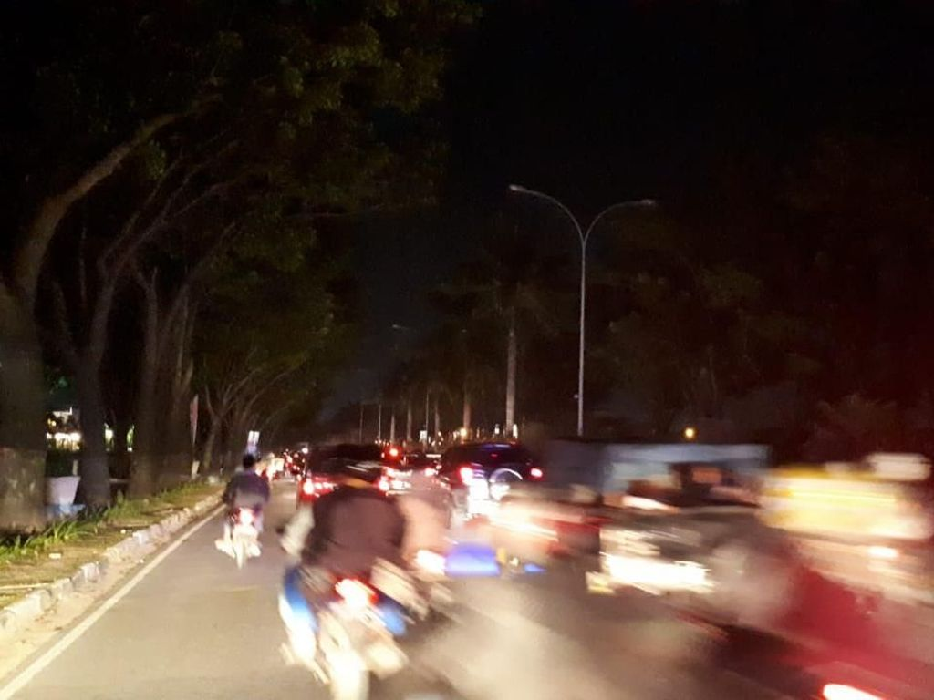 Pemkot soal Lampu Jalan di Pekanbaru Padam: Telat Bayar