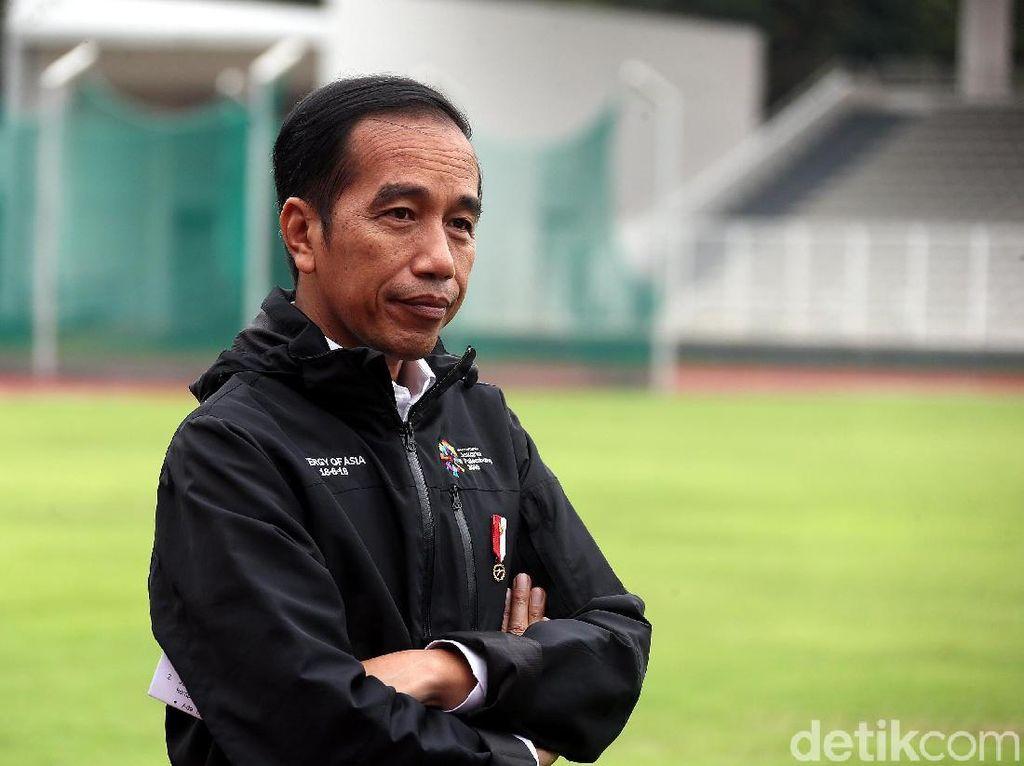Gaya Jokowi Berjaket Asian Games