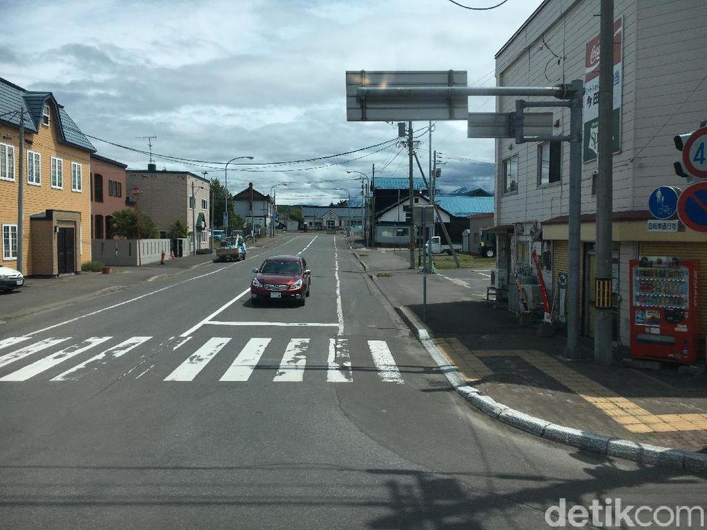 Biar di Desa dan Tak Ada Polisi, Orang Jepang Taat Lalu Lintas
