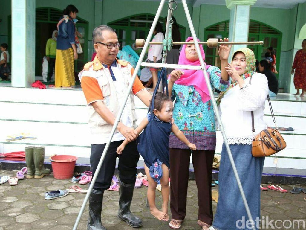 Bayi dan Ibu Hamil jadi Perhatian Pasca-Banjir Bandang Banyuwangi