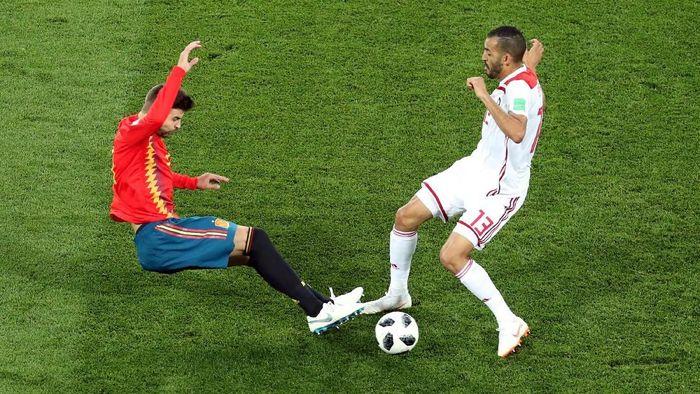 Spanyol vs Iran 1-1 di babak pertama. (Foto: Mariana Bazo/Reuters)