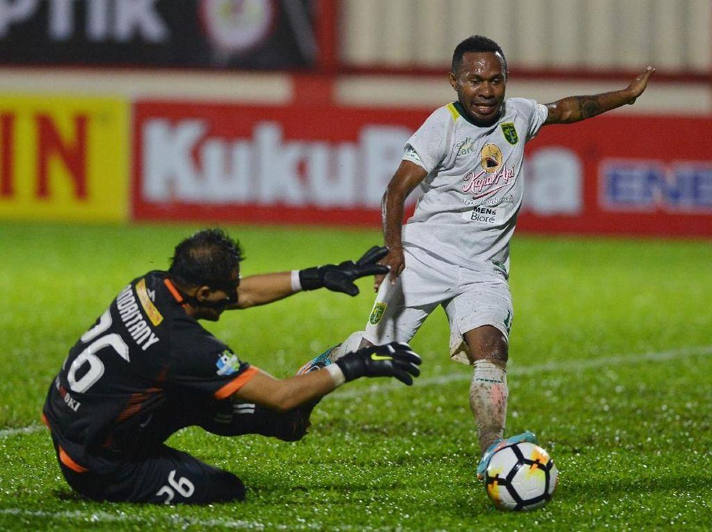 Persija vs Persebaya Berakhir 1-1