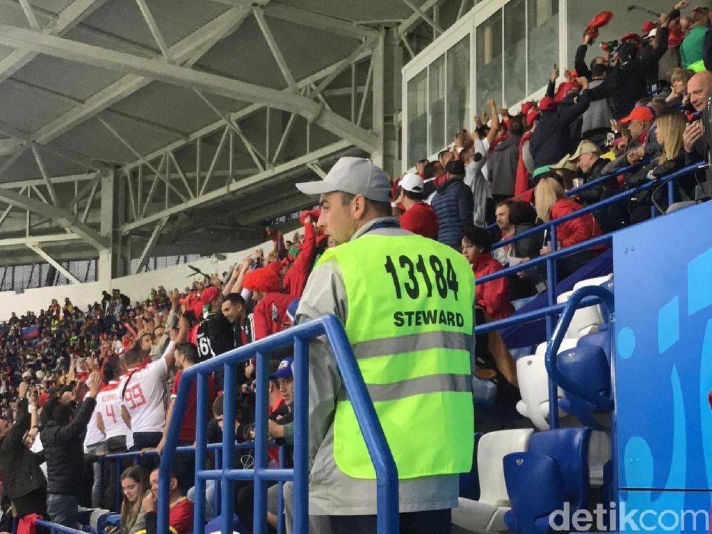 Chant Cemoohan pada FIFA dari Suporter Maroko