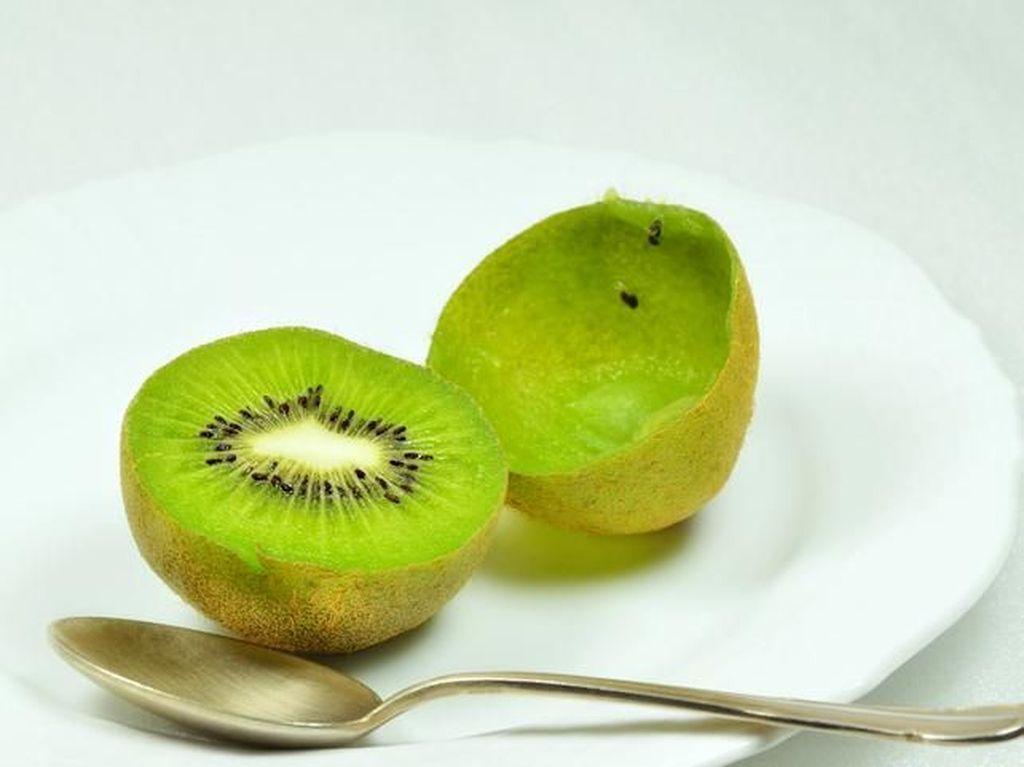 Deretan Manfaat Sehat Kiwi untuk Teman Sarapan Pagi Ini