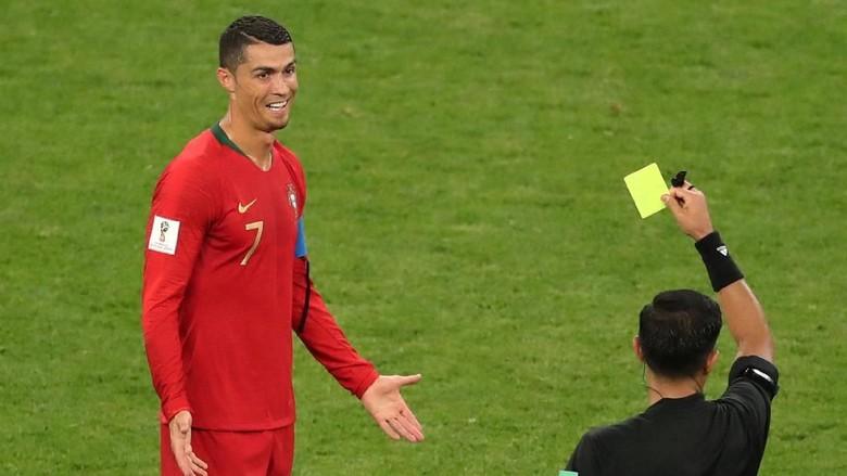 Pelatih Iran: Ronaldo Harusnya Dikartu Merah
