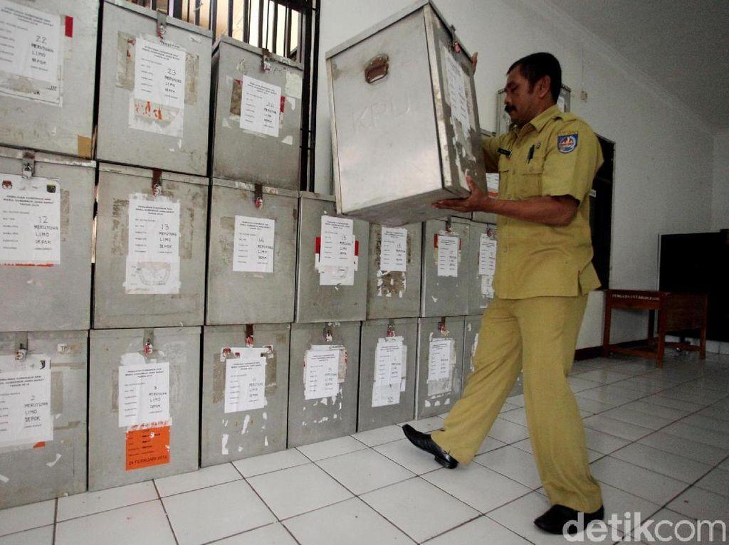 Pendistribusian Logistik Pemilu di Kota Depok