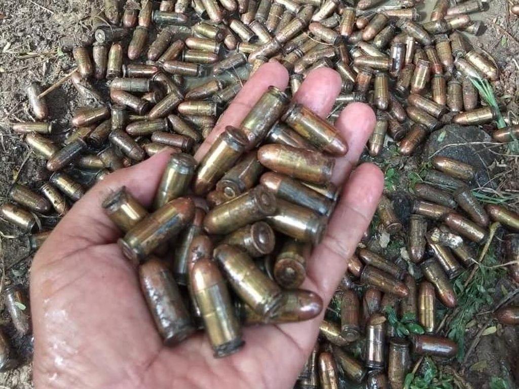 Kantong Plastik Berisi 399 Peluru Ditemukan di Cakung