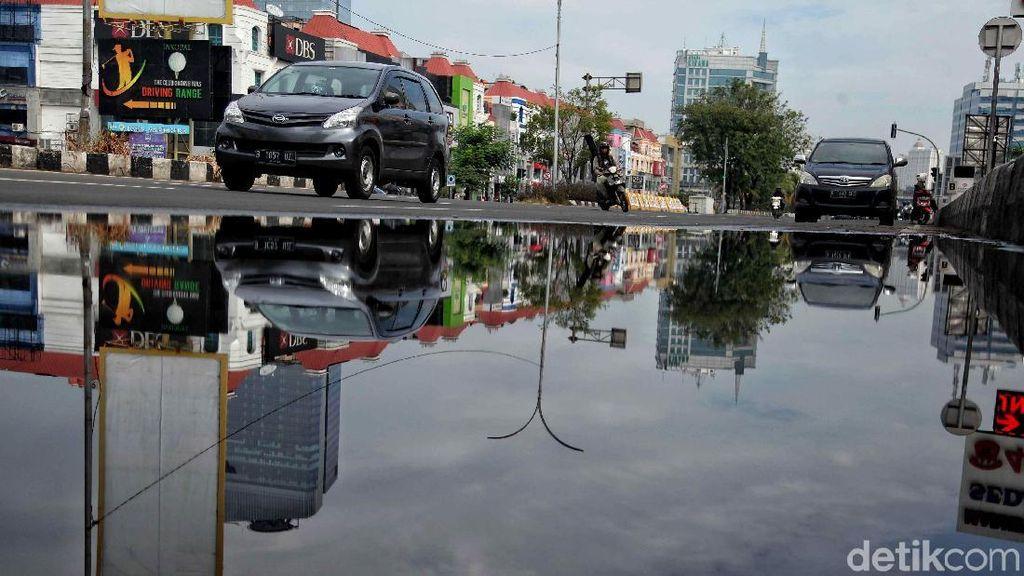 Efek Libur Pilkada, Jalan Boulevard Kelapa Gading Lancar