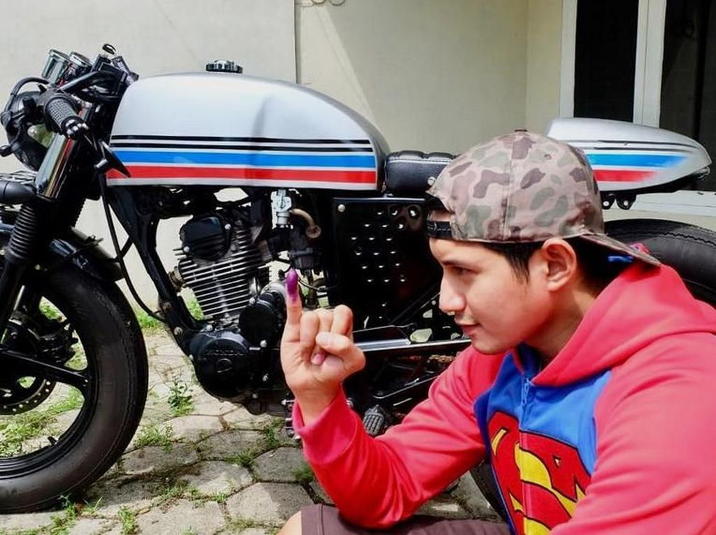 Chand Kelvin Bantah Hamili Fans Halu