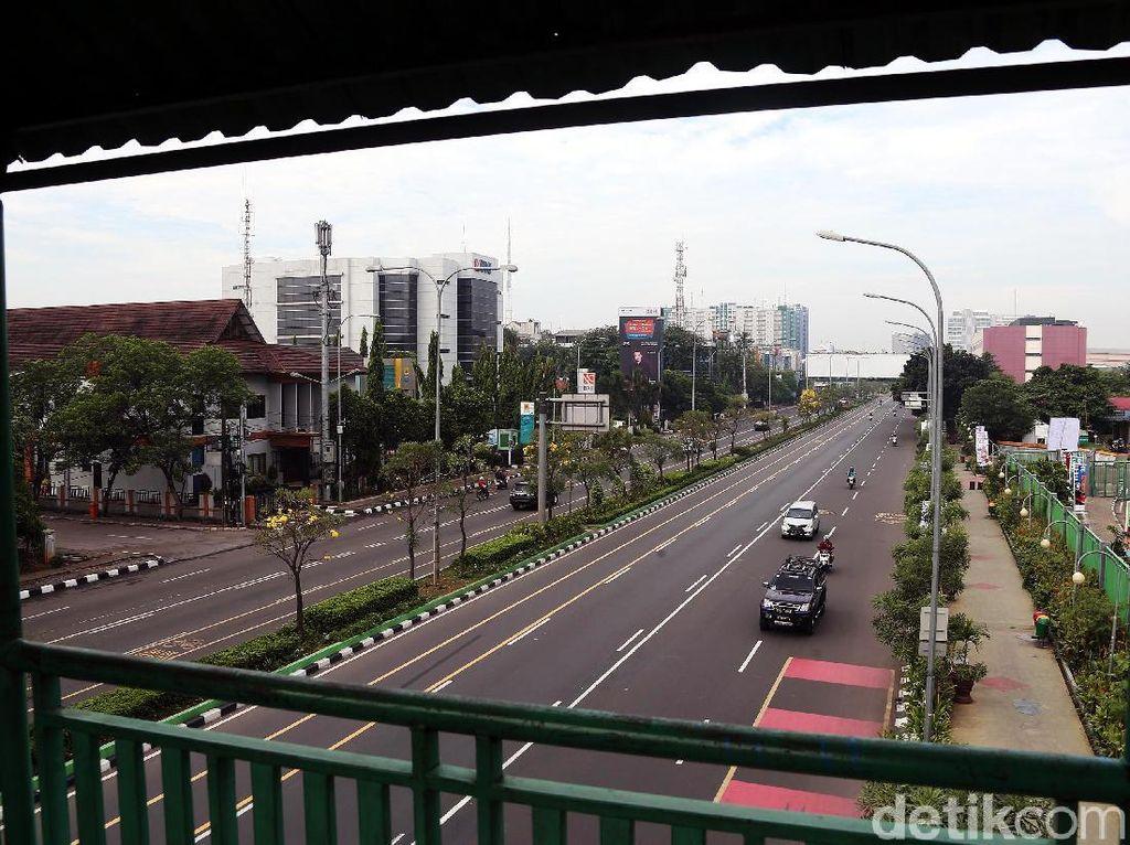 Libur Pilkada, Jalan di Kota Bekasi Lengang