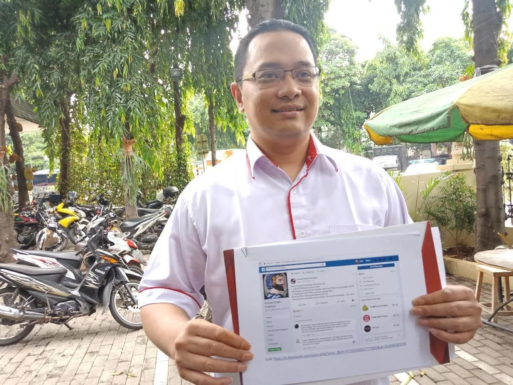 Pelapor Ahmad Dhani soal Status Facebook Diperiksa Polisi