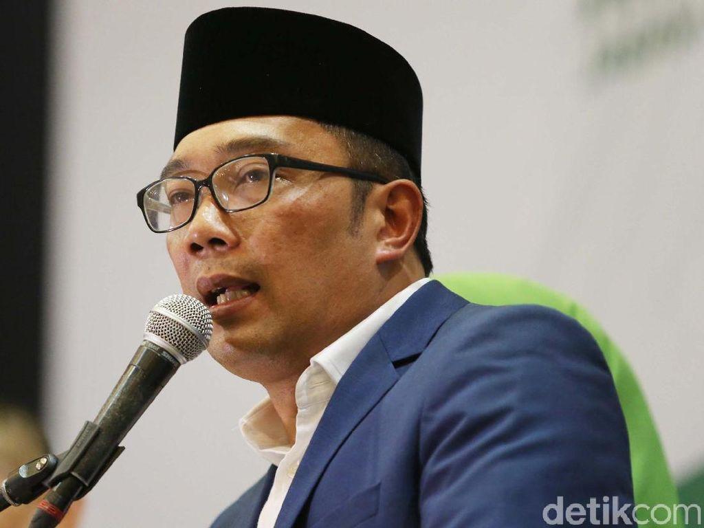 Ridwan Kamil Jelaskan Pose 1 Jari dan Alasan Tak Diperiksa Bawaslu