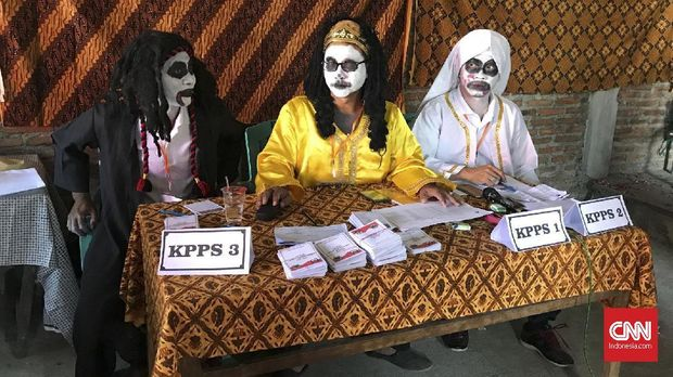 TPS di Semarang Dijaga Genderuwo dan Pocong