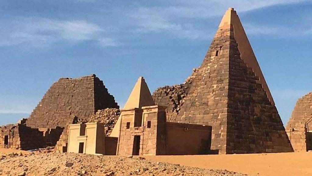 Foto: Piramida Tersembunyi yang Bukan di Mesir
