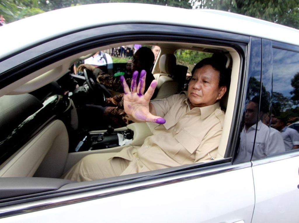 Prabowo Sebut Ekonomi RI Rapuh, Istana Angkat Bicara