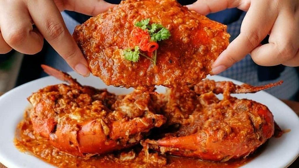 Bikin Ngiler! Kepiting Saus Padang hingga Kepiting Asap Berlumur Bumbu