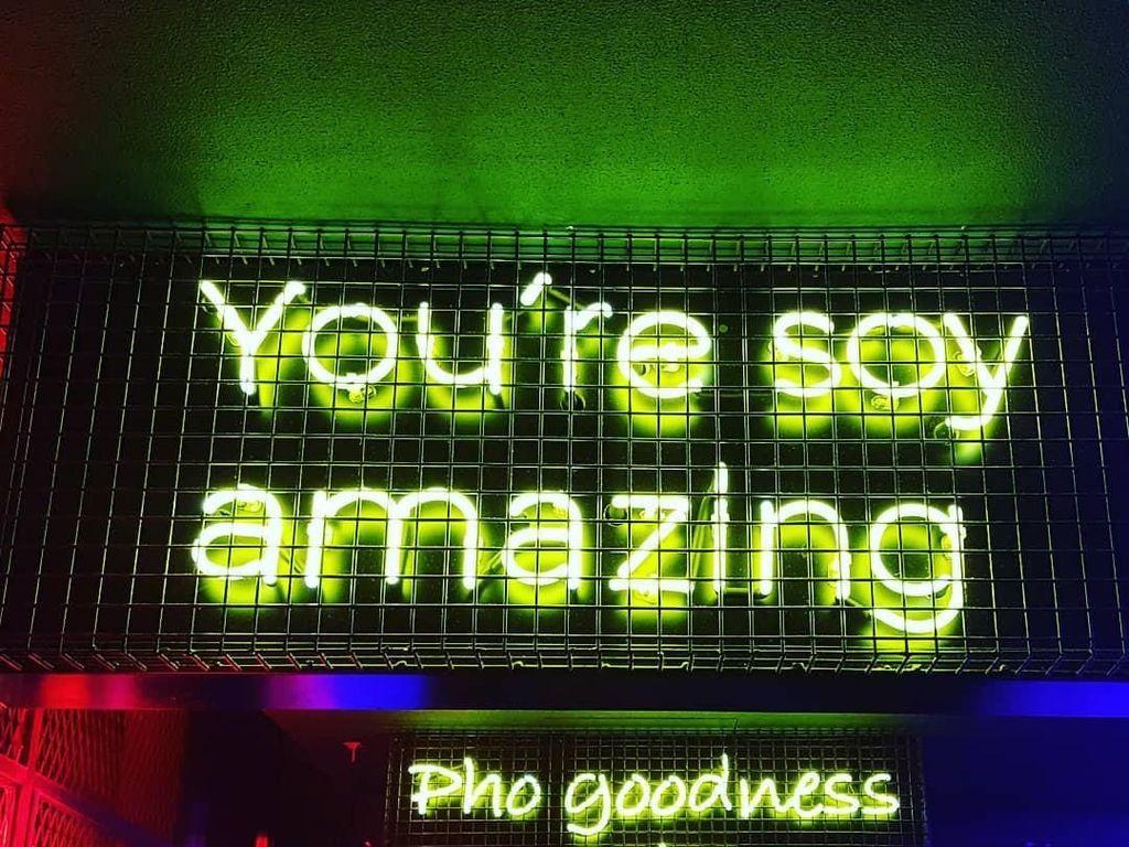 Menikmati Es Kelapa dan Pho Buatan Restoran Funky di Dubai