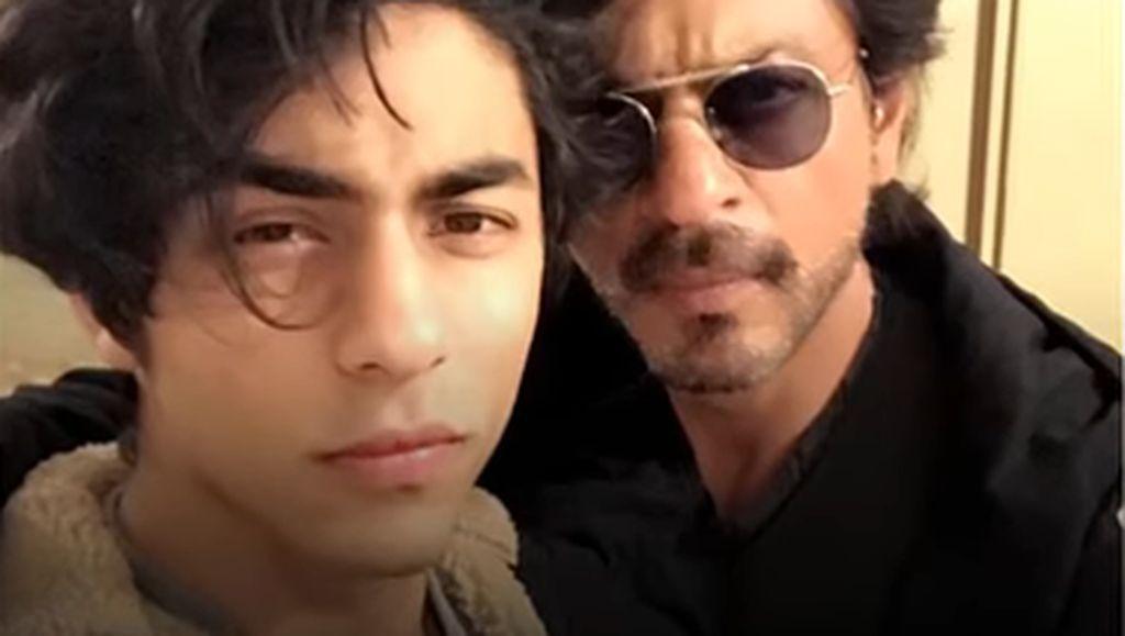 Nggak Kalah Kekar dari Bapaknya, Begini Machonya Anak Shah Rukh Khan