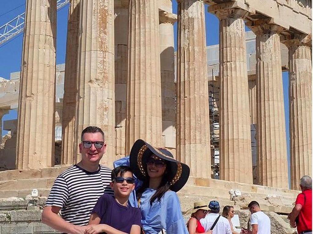 Foto: Maudy Koesnaedi Liburan ke Yunani Bareng Keluarga