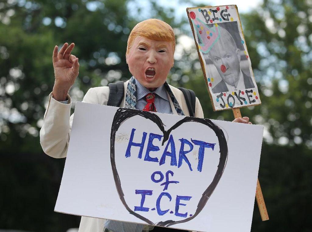 Polemik Kebijakan Imigran Ilegal di Amerika Masih Berlanjut