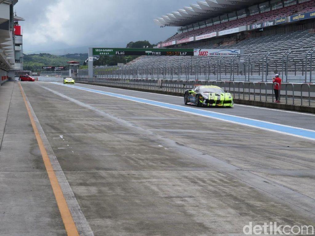 Strategi 2 Pebalap RI di Race Pertama Balap Ferrari Fuji Jepang
