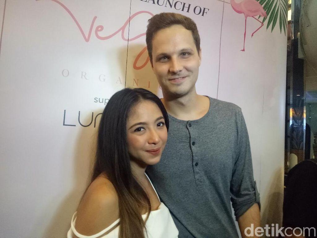 Makin Mesra dengan Suami, Nadia Vega Ternyata sudah Punya Bayi