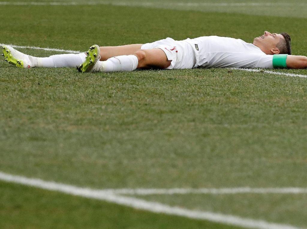 Lewandowski Kembali Tak Bergigi