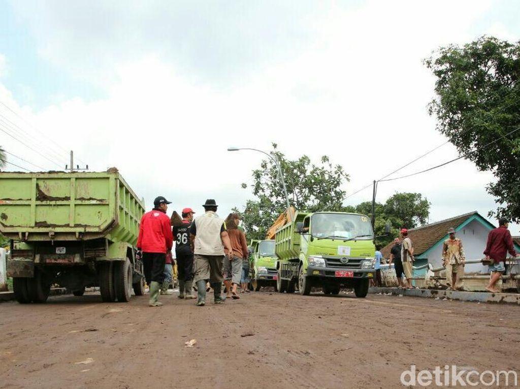 Bupati Anas Perpanjang Masa Tanggap Darurat Banjir di Banyuwangi