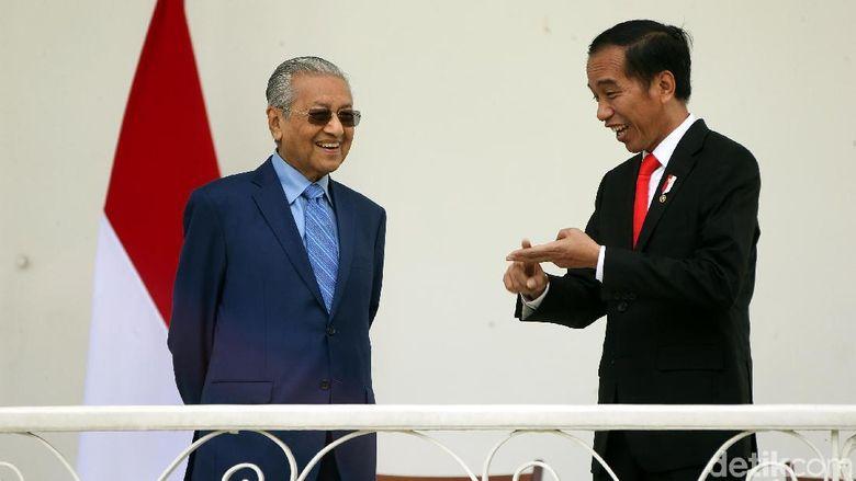 Politikus Jamal Ditangkap, Mahathir Terima Kasih ke Jokowi
