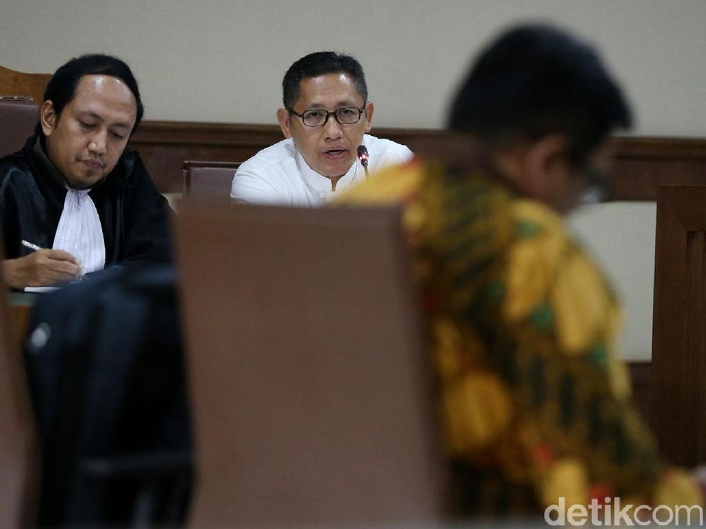 Anas Hadirkan Ahli Hukum FHUI dalam Sidang Lanjutan PK