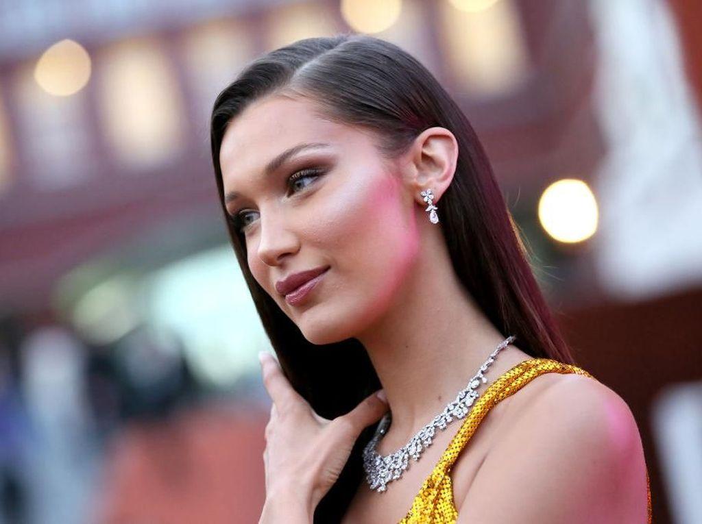 10 Selebriti Wanita dengan Kecantikan Wajah Sempurna Menurut Matematika